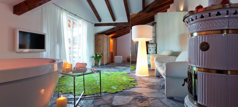 Rooms In Fie Near Alpe Di Siusi Designer Suite In The Kraiterhaus